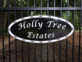 Sign - Holly Tree Estates Gate